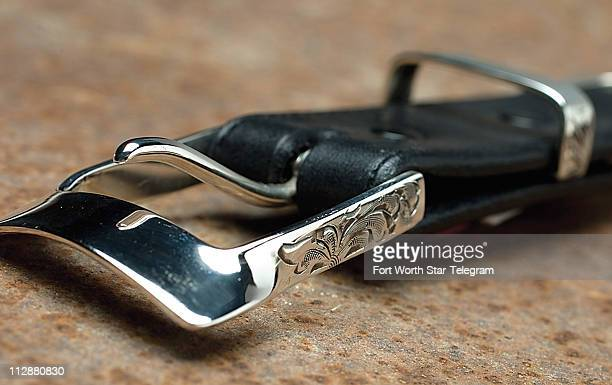 For a more contemporary look with subtle yet intricate hints of Western detail try this Comstock Heritage sterling silver buckle set which features a...