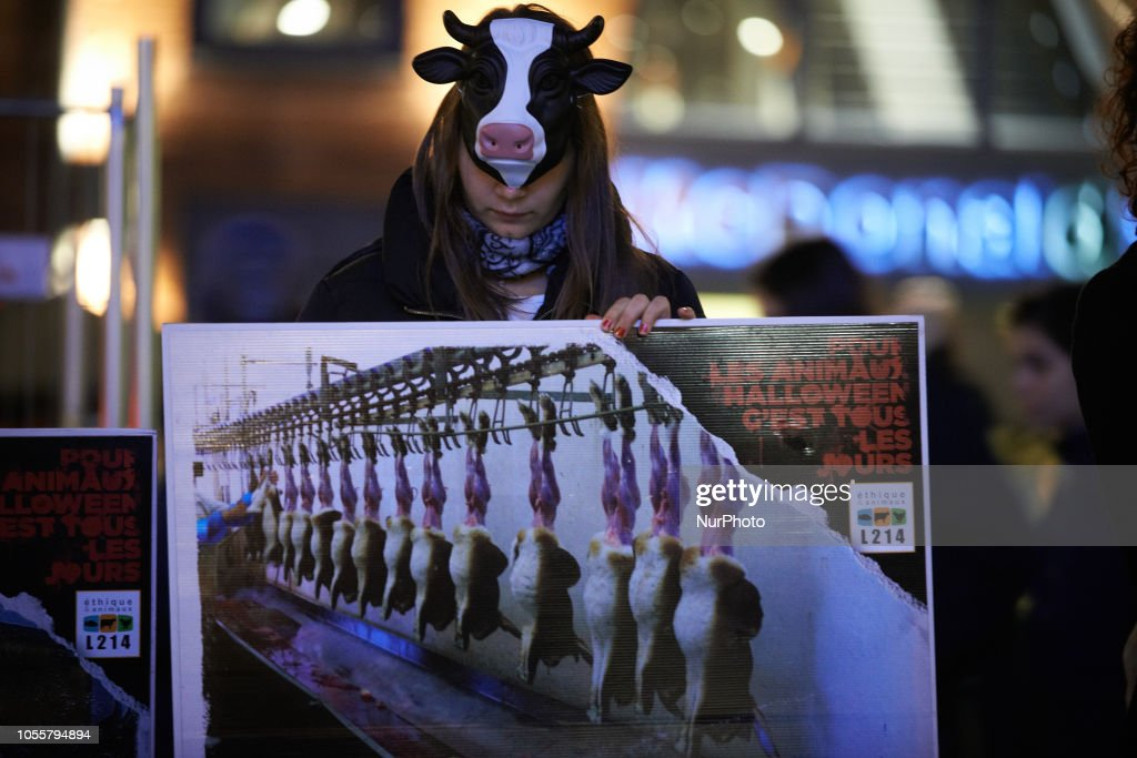 Halloween Toulouse.For Halloween Protesters Of The Association L214 Demonstrated In News Photo Getty Images