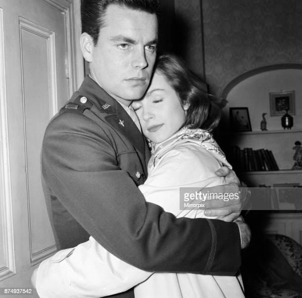 For three hours American film star Robert Wagner was kissing Shirley Anne Field to get the right shot for the film 'The War Lovers' being made at...