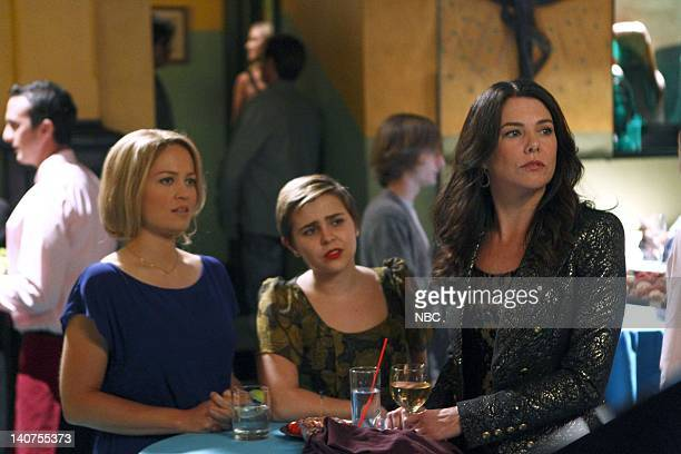 PARENTHOOD Forced Family Fun Episode 307 Pictured Erika Christensen as Julia BravermanGraham Mae Whitman as Amber Holt Lauren Graham as Sarah...