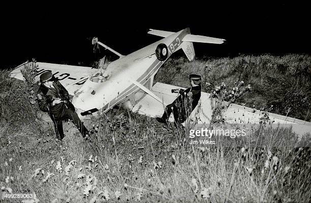 Forced landing A single engine Cessna 152 lies overturned in King Township field last night after it flipped over while making a forced landing The...