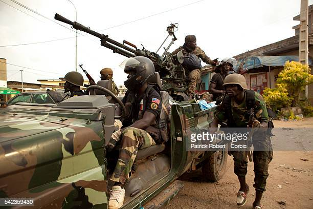 Forces loyal to Alassane Ouattara try to push back the forces loyal to Laurent Gbagbo from the neighbourhoods of Riviera and Cocody