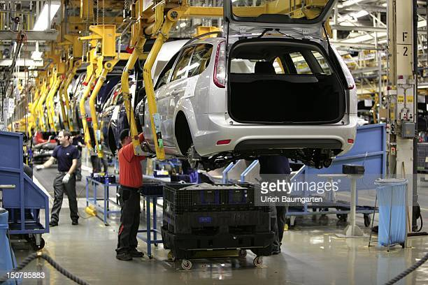 GERMANY SAARLOUIS Ford car production at the production location in Saarlouis Germany