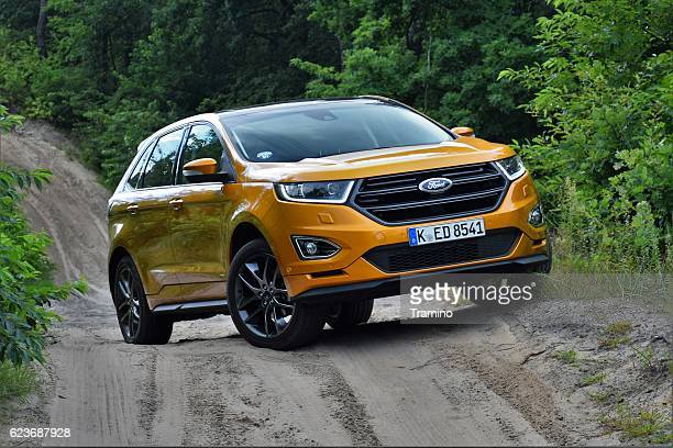 Ford Edge on the unmade road