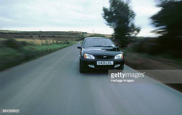 Ford Fiesta Zetec diving along 2000