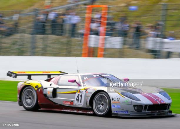 ford gt gt1 race car at the race track - ford gt stock pictures, royalty-free photos & images
