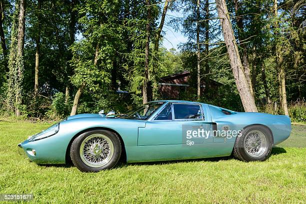ford gt40 classic sports car side view - ford gt40 stock photos and pictures
