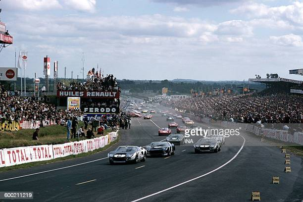 Ford GT40 in pole position from Le Mans 24hour rally