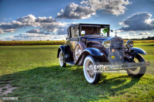 1931 ford model a cabriolet - 1931 stock pictures, royalty-free photos & images