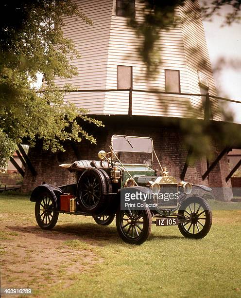 Ford Model 'T' 1910 The Model T was introduced by Henry Ford in 1909 and the Ford Motor Company's Detroit factory was adapted for its mass production...
