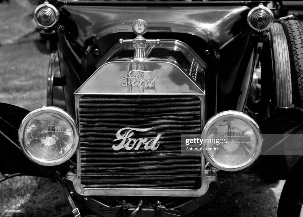 Classic cars Pictures | Getty Images