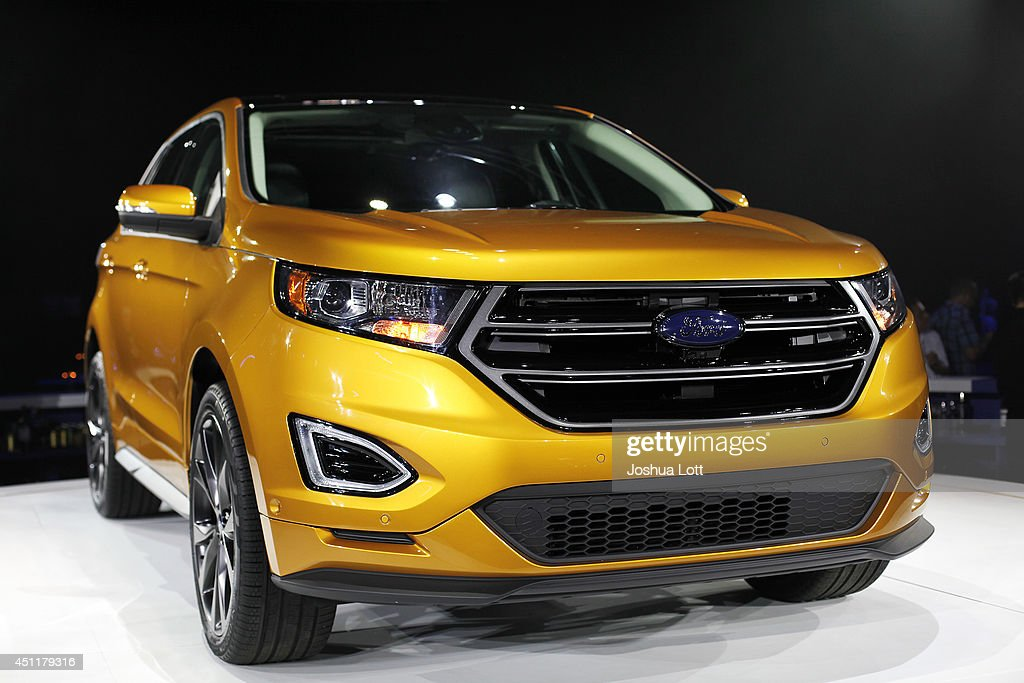 Incoming Ford CEO Mark Fields Unveils New 2015 Ford Edge : News Photo