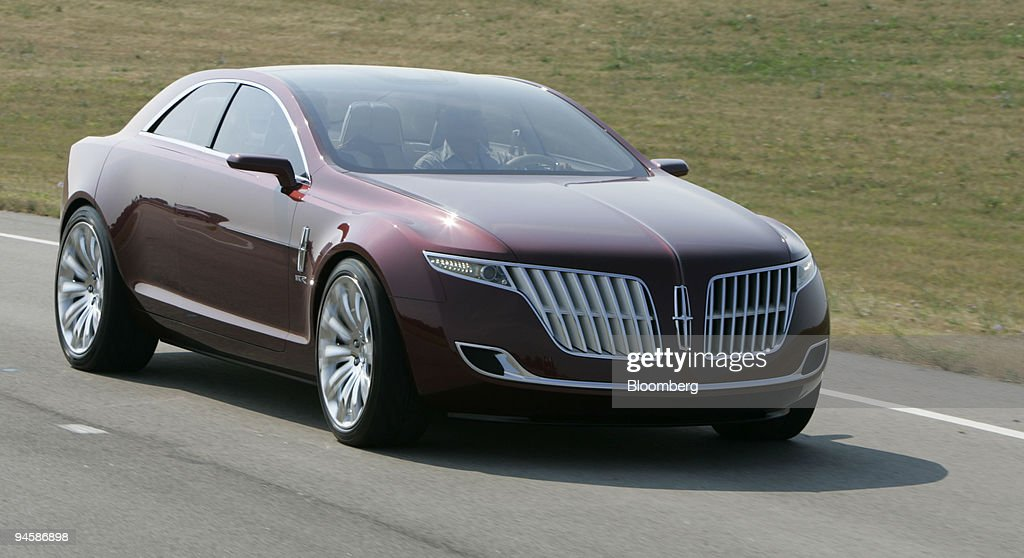 https://media.gettyimages.com/photos/ford-motor-cos-lincoln-mkr-concept-vehicle-on-the-test-track-at-their-picture-id94586898