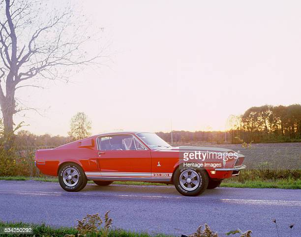 Ford Mustang GT350 Shelby Cobra, 2000.