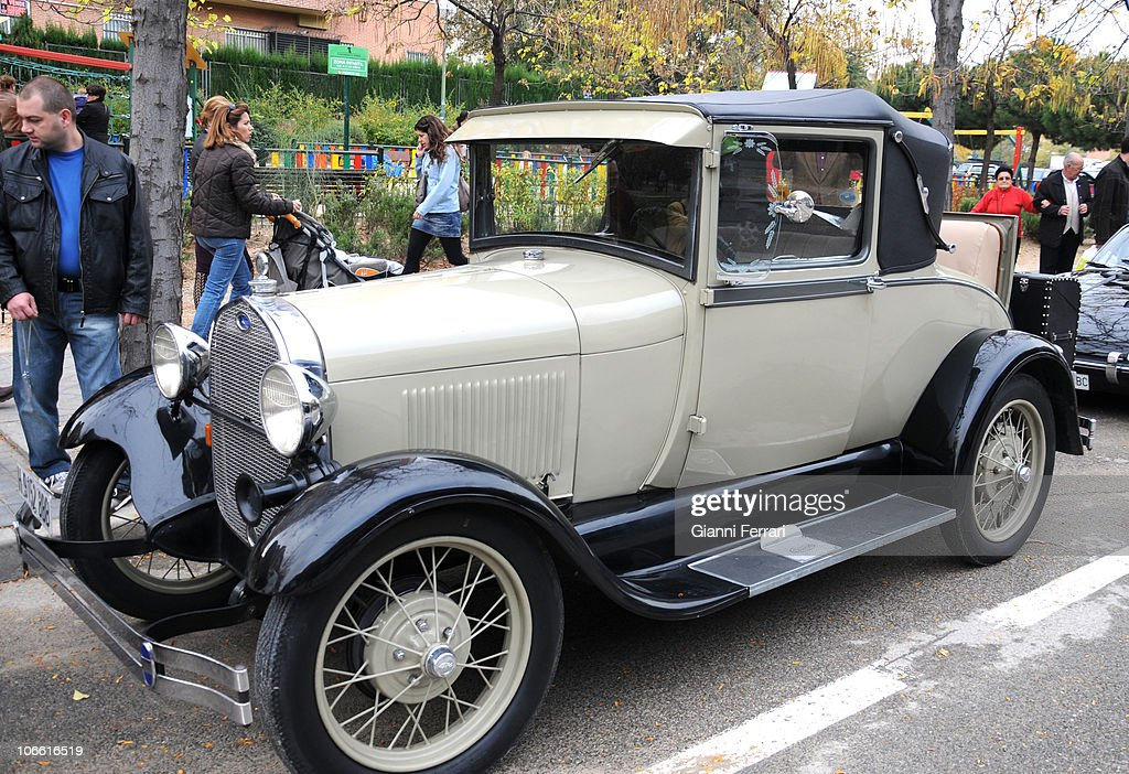 Old Cars Exhibition in Madrid Photos and Images | Getty Images