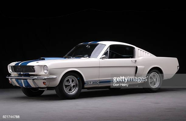 1965 ford shelby gt350 mustang - ford gt stock pictures, royalty-free photos & images
