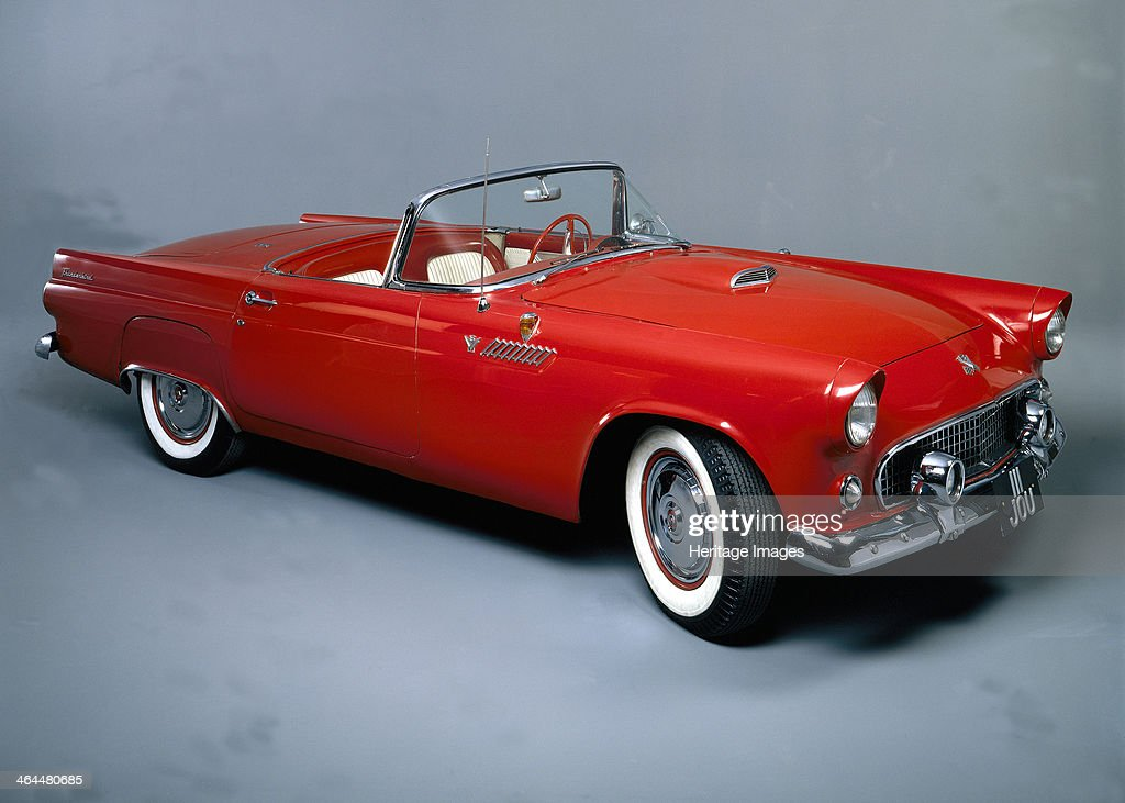 Elegant Ford Thunderbird This Was Fordu0027s First Sports Car And Was Introduced In  1955 To Compete With
