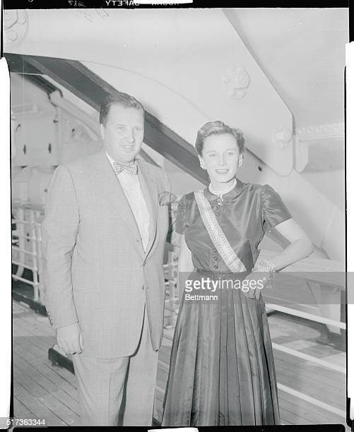 Fords arriveMr and Mrs Henry Ford II arrive aboard the Queen Elizabeth July 26th He is the President of the Ford Motor Company