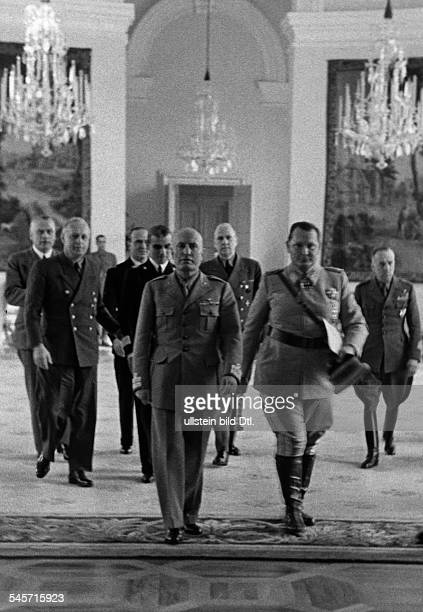 Foreign Affairs 1943: the delegationen at Palace Klessheim near by Salzburg; attendant of Italian Head of State Benito Mussolini and Hermann Goering...