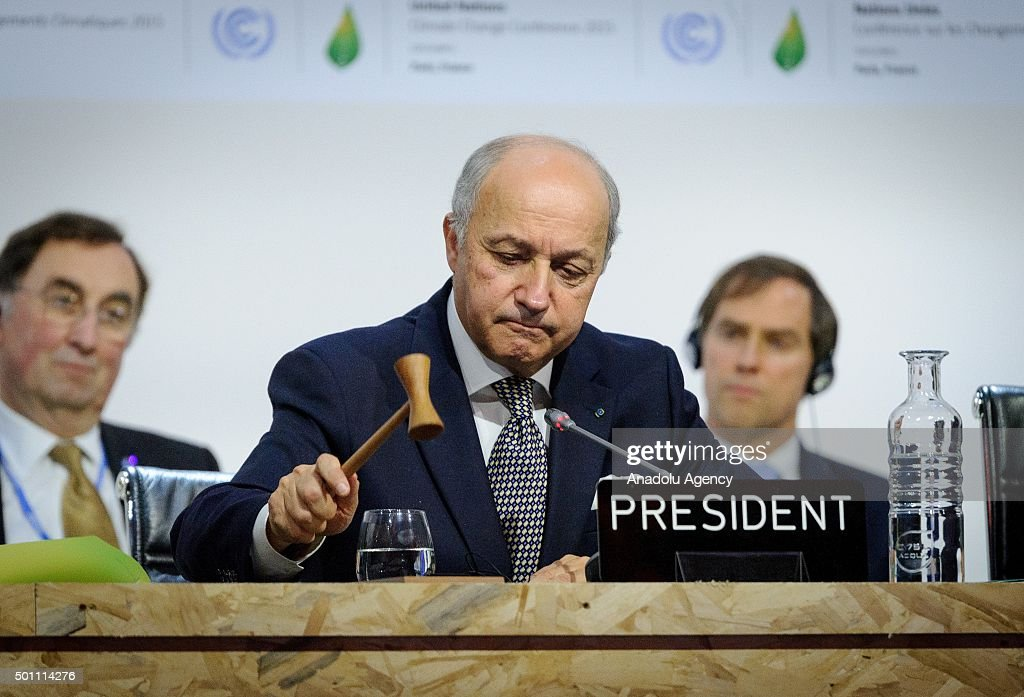 Climate change deal struck at Paris Summit : News Photo