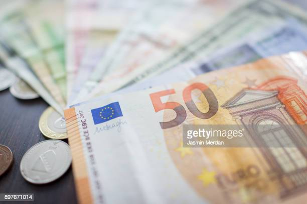 foreign currencies - british currency stock pictures, royalty-free photos & images