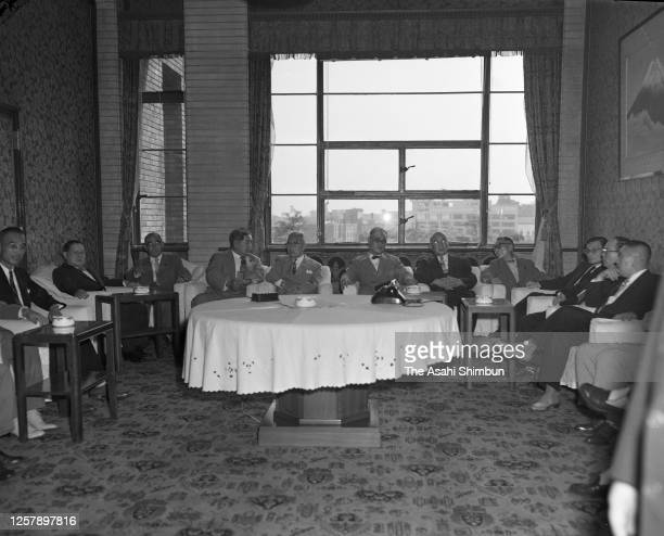 Foreign Minister Mamoru Shigemitsu and reports on his visit to the Soviet Union to Prime Minister Ichiro Hatoyama and cabinet members on September 3,...
