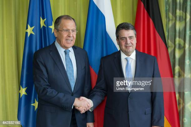 Foreign Ministers Meeting in Bonn Sergey Lavrov Russian Foreign Minister and Federal Foreign Minister Sigmar Gabriel at the welcome In the background...