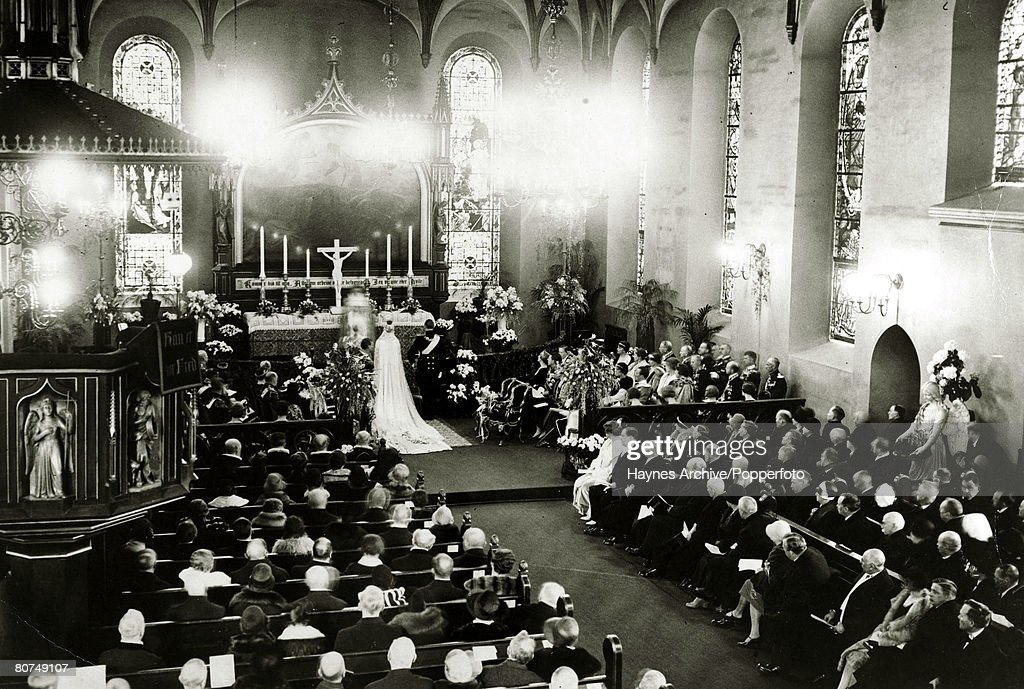 Foreign Royalty Personalities. pic: 1929. The scene at the wedding in Oslo Cathedral as Crown Prince Olav (Olaf) of Norway marries Princess Martha of Sweden. Crown Prince Olav (1903-1991) succeeded his father King Haakon VII in 1957 becoming King Olav V. : News Photo