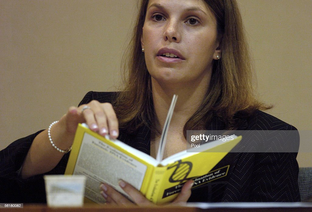 Fbi Forensic Examiner Jennifer Luttman Is Cross Examined About Dna News Photo Getty Images