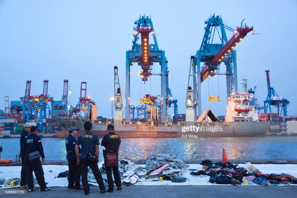 Lion Air Flight Crashes Into Sea Off Jakarta : News Photo