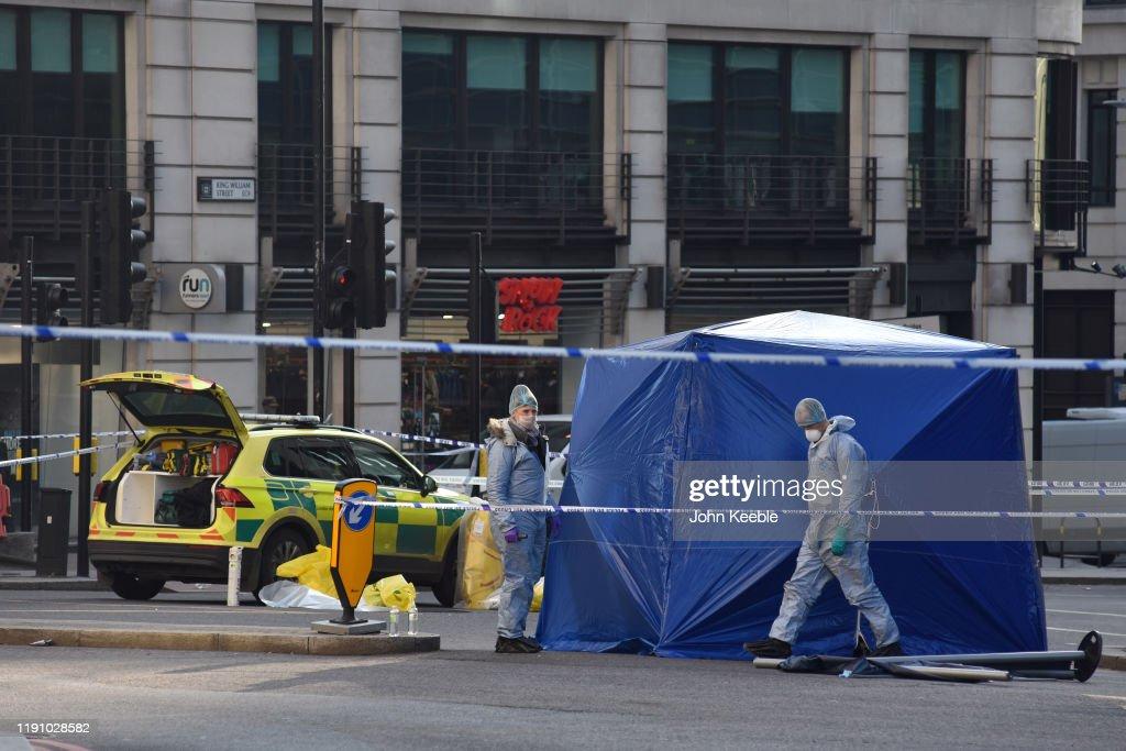 Boris Johnson Visits Scene Of Yesterday's London Bridge Attack As Investigations Continue : News Photo