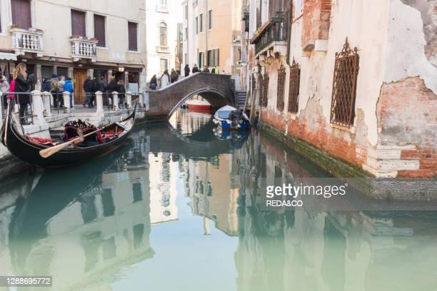 Foreshortening, Canal Grande, Venice, Veneto, Italy, Europe.