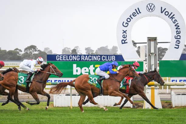 AUS: Geelong races