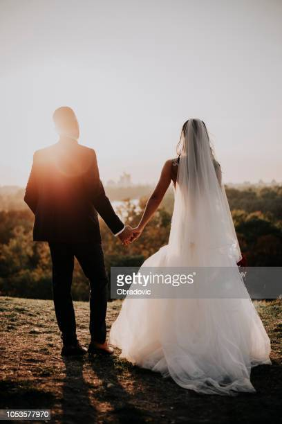 forewer love,forewer young,forewer happy - newlywed stock pictures, royalty-free photos & images