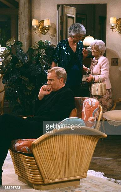 GIRLS 'Forgive Me Father' Episode 18 Pictured John McMartin as Father Frank Leahy Bea Arthur as Dorothy Petrillo Zbornak Estelle Getty as Sophia...