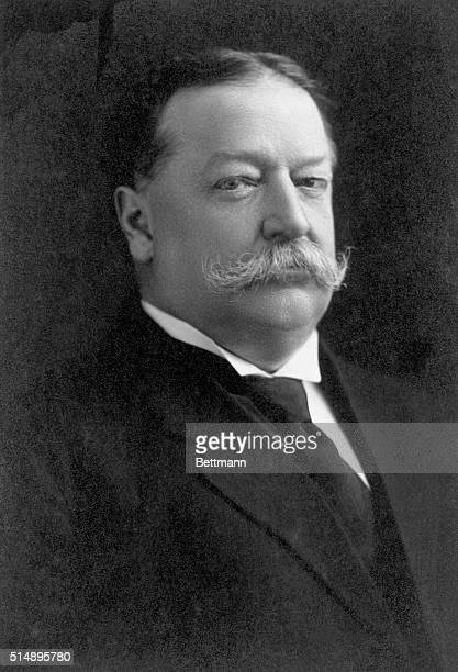 Formal portrait of William Howard Taft , the 27th President of the United States.