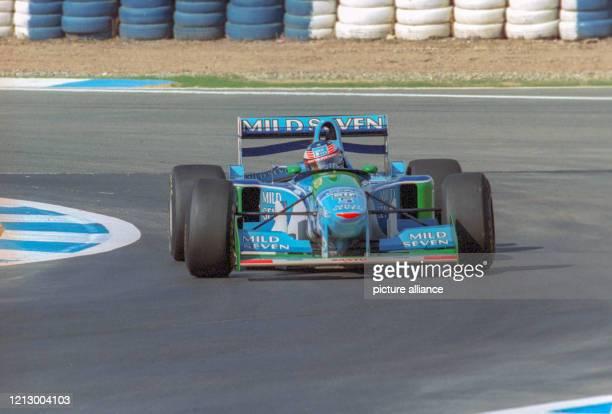 Formel 1 1994 - Großer Preis von Europa in Jerez de la Frontera am : Deutschlands Michael Schumacher von Team Benetton in Aktion in seinem...