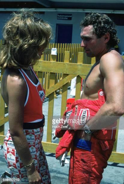 Formel 1 Grand Prix Argentinien 1977 Buenos Aires Jochen Mass MarlboroGirl wwwhochzweinet copyright HOCH ZWEI / Ronco