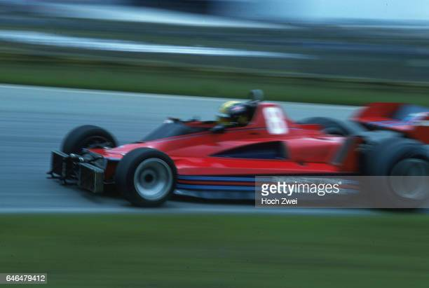 Formel 1 Grand Prix Brasilien 1977 Interlagos Carlos Pace BrabhamAlfa Romeo BT45 nach Kollision wwwhochzweinet copyright HOCH ZWEI / Ronco