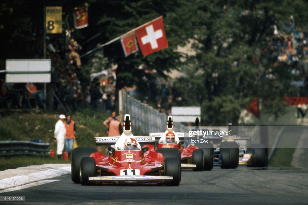 Formel 1, Grand Prix Italien 1975, Monza, 07.09.1975 Clay Regazzoni, Ferrari 312T Niki Lauda, Ferrari 312T Jody Scheckte : News Photo