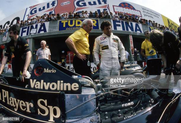 Formel 1 Grand Prix Italien 1978 Monza Boxengasse LotusBox Mario Andretti Colin Chapman Lotus LotusFord 79 LotusMechaniker wwwhochzweinet copyright...