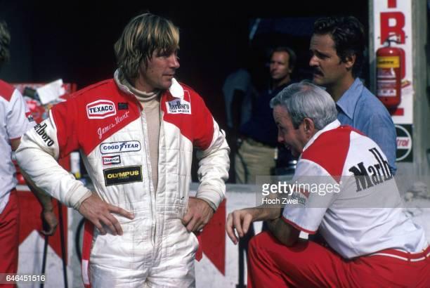 Formel 1 Grand Prix Italien 1978 Monza Boxengasse McLarenBox James Hunt Teddy Mayer McLaren wwwhochzweinet copyright HOCH ZWEI / Ronco