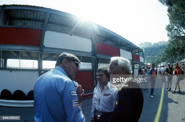 Formel 1 Grand Prix Monaco 1982 Monte Carlo Boxengasse Ken Tyrrell Bernie Ecclestone Brabham Colin Chapman Lotus wwwhochzweinet copyright HOCH ZWEI /...