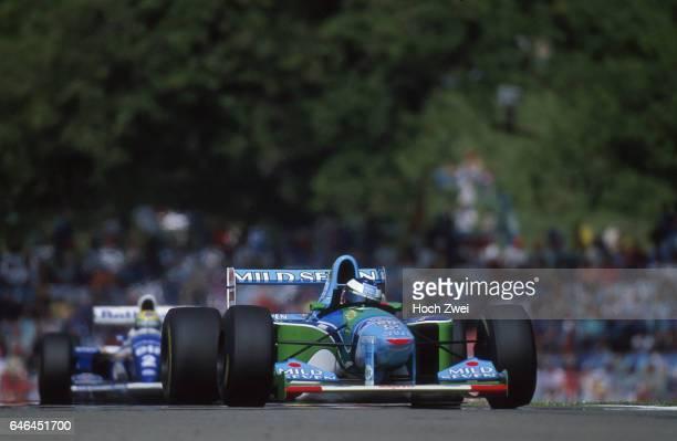 Formel 1 Grand Prix San Marino 1994 Imola Michael Schumacher BenettonFord B194 Ayrton Senna WilliamsRenault FW16 wwwhochzweinet copyright HOCH ZWEI /...