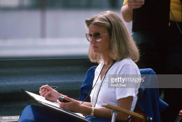 Formel 1 Grand Prix Spanien 1978 Jarama LotusKommandostand Barbro Peterson wwwhochzweinet copyright HOCH ZWEI / Ronco
