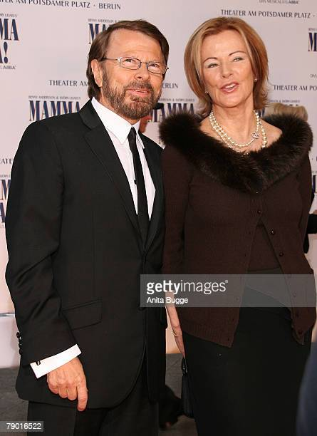 Former ABBAmembers Bjoern Ulvaeus and AnnaFrid Reuss attend the Berlin Mamma Mia premiere at the Potsdamer Platz Theater October 21 2007 in Berlin...