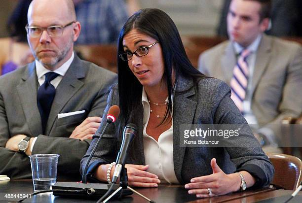 Former aide to Gov Chris Christie Christina Renna testifies during a hearing on May 06 2014 in Trenton New Jersey A legislative committee is...