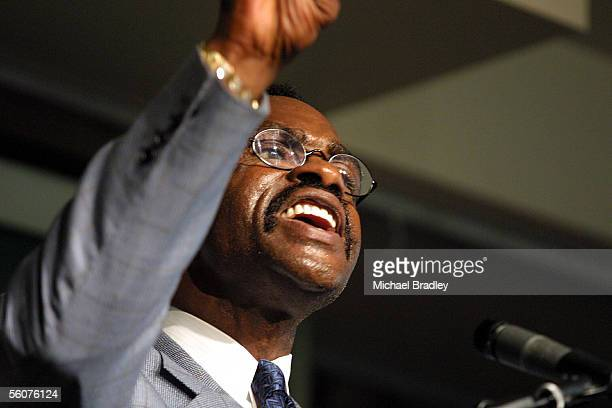 Former American boxer and justice campaigner Rubin Hurricane Carter speaks at a luncheon today Carter is in New Zealand as a guest of Joe Karam who...
