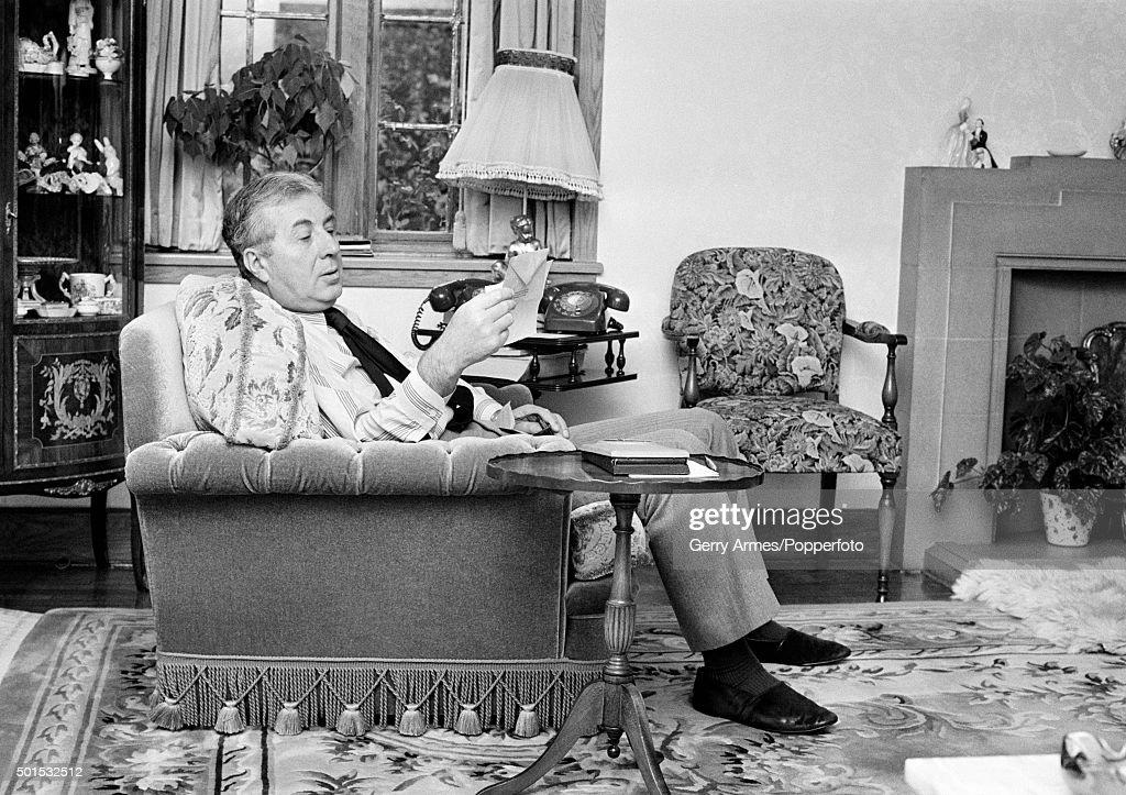 Doug Ellis At Home : News Photo