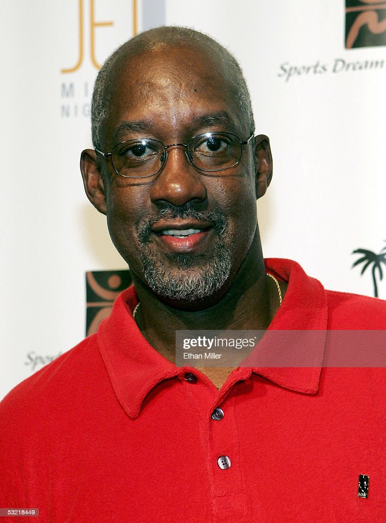 Former Atlanta Hawks player Dan Roundfield arrives at the celebrity basketball 'New School vs. Old School' poker tournament at The Mirage July 9, 2005 in Las Vegas, Nevada. The event was held to benefit Operation Smile, the American Cancer Society and the Sports Dream Foundation.